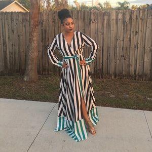 Striped Maxi Dress❤️
